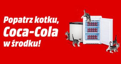 Lodówka wypełniona Cola Cola przy zakupie w Media Markt